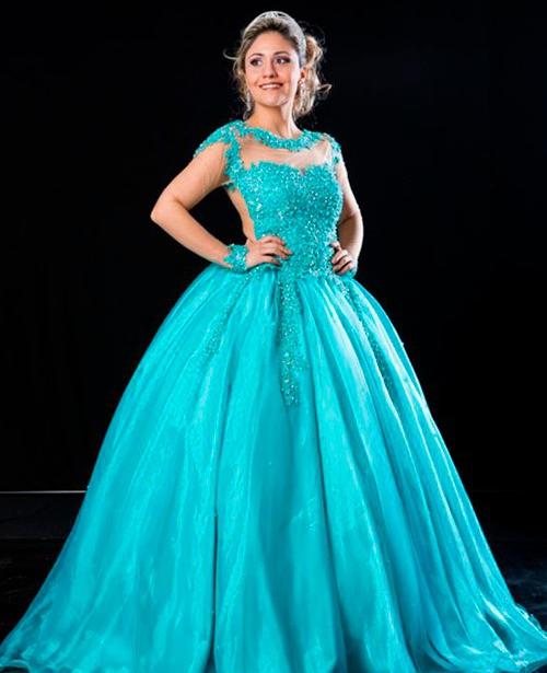 Vestido de 15 anos azul turquesa frente única manga longa