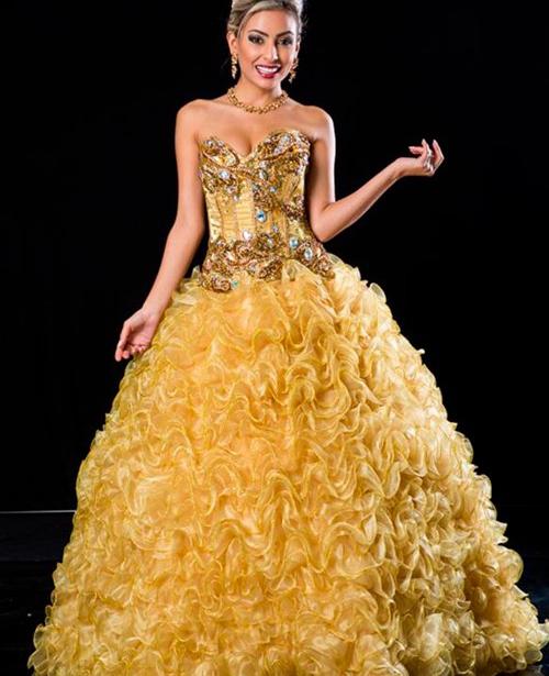 vestido de 15 anos dourado tomara que caia