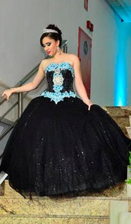 Vestido de 15 anos preto e azul