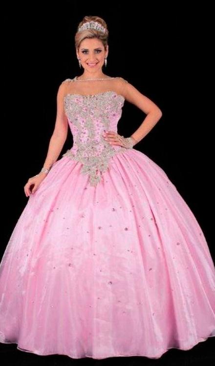 vestido de 15 anos rosa claro e prata tomara que caia quadrado
