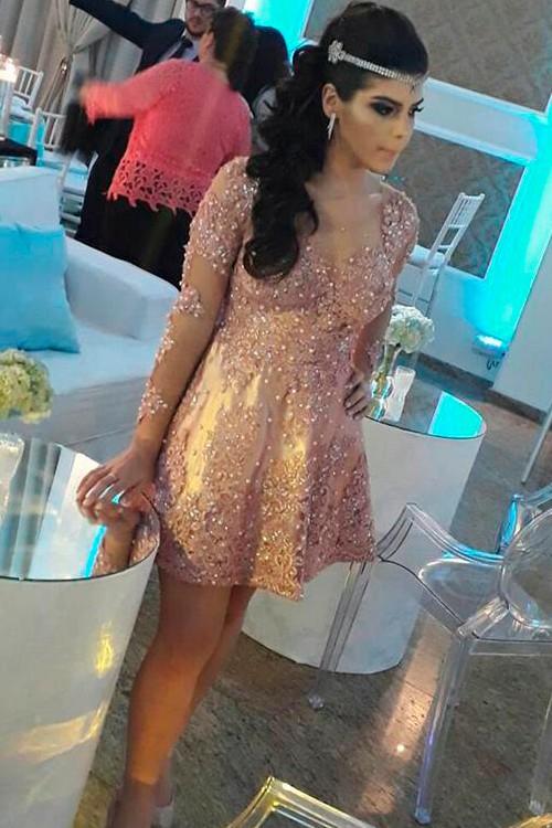 d5dabb8da Vestido de festa curto bege com brilho - Bella Angela
