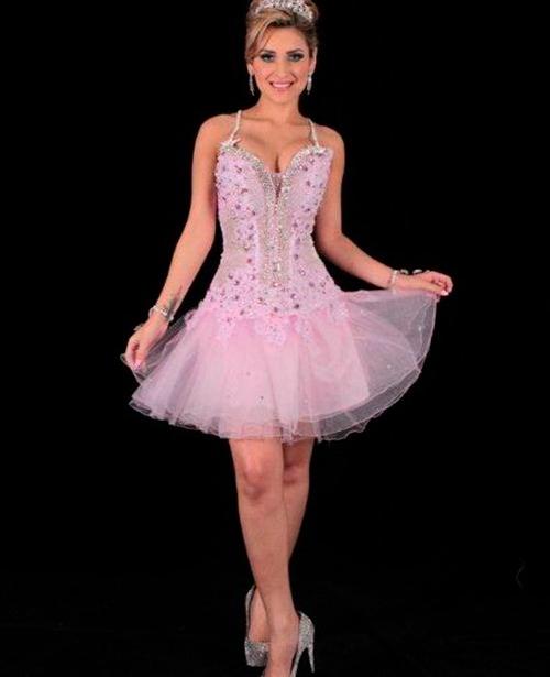 Vestido de festa rosa claro curto com alça