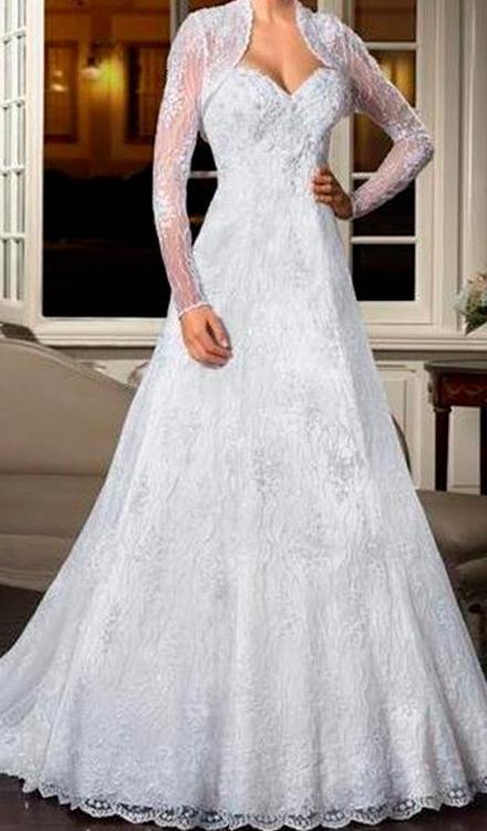 Vestido de noiva com renda decote coração manga longa