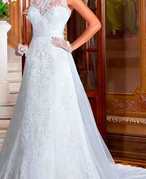 vestido de noiva frente única gola alta com renda