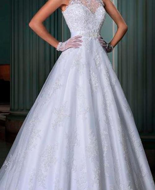 Vestido de noiva frente única com renda evase