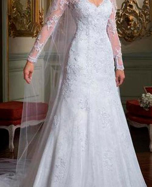 Vestido de noiva princesa manga longa decote coração com renda
