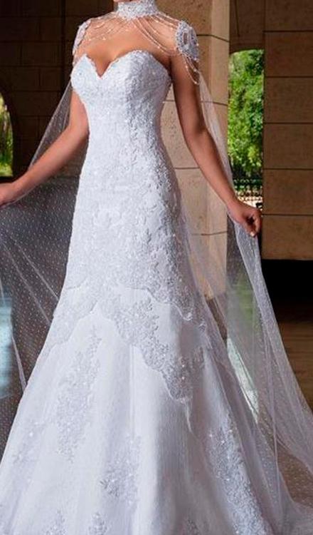 Vestido de noiva sereia tomara que caia coracao com manga curta