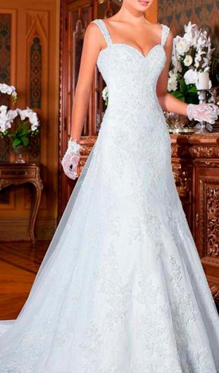 Vestido de noiva semi sereia com alça decote coração