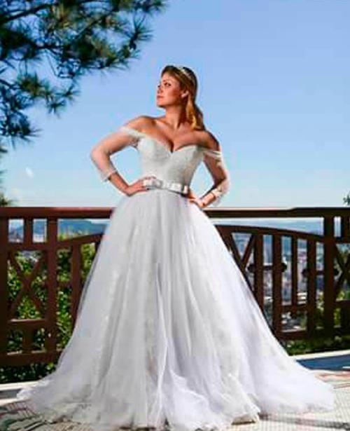 Vestido de noiva tomara que caia coracao com manga
