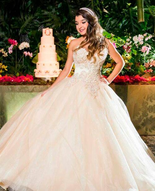 vestido de noiva princesa tomara que caia decote coração