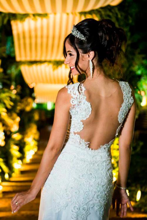 Vestido De Noiva Com Renda Decote Nas Costas Bella Angela