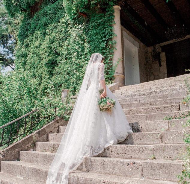 Conheça os tipos de cauda para vestido de noiva