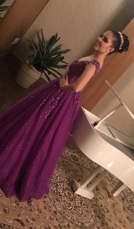 Vestido de 15 anos Lilás Longo Aberto na frente